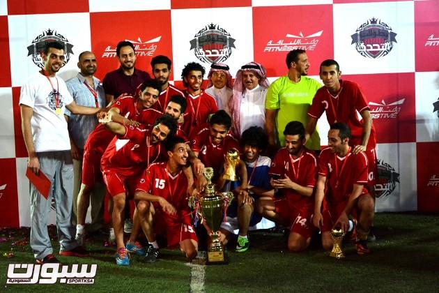 المسعد مع فريق الياسمين الفائز بكاس البطولة