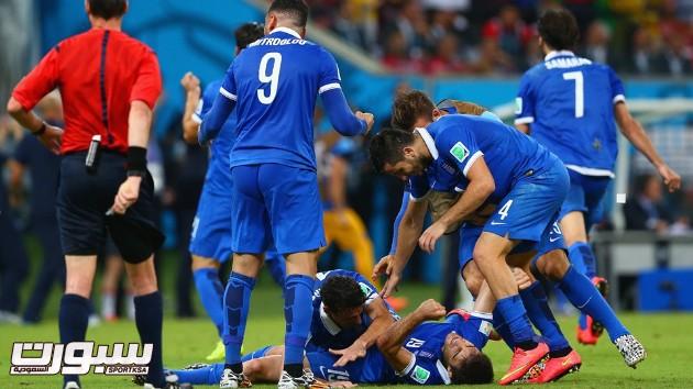 اليونان كوستاريكا 28