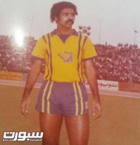 """لاعب دولي سابق """"ارشيف عبدالعزيز البطي"""""""