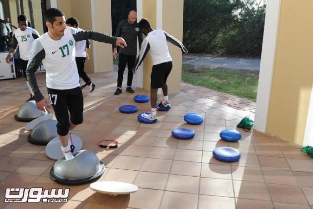 تدريبات المنتخب السعودي الأول لكرة القدم 2014 19