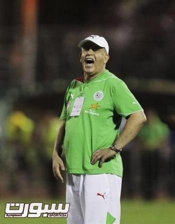 سعدان يرشح المنتخب الجزائري للتأهل إلى الدور الثاني في كأس العالم