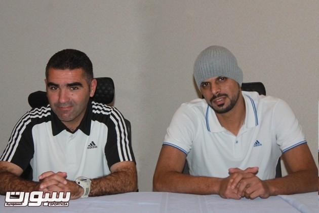 جلال قادري وبجانبه اللاعب عبدالعزيز الحربي
