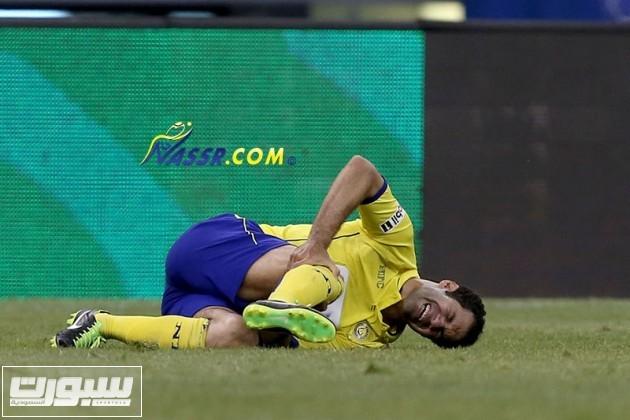 """حسني عدربه يتألم من الاصابة """"موقع النصر"""""""
