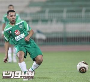 طلال نايف