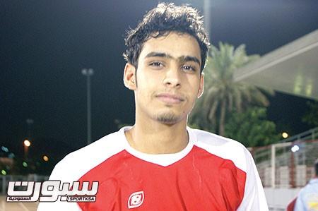 عبدالعزيز المنصور لاعب الوحدة