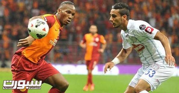 علي عدنان لاعب منتخب العراق