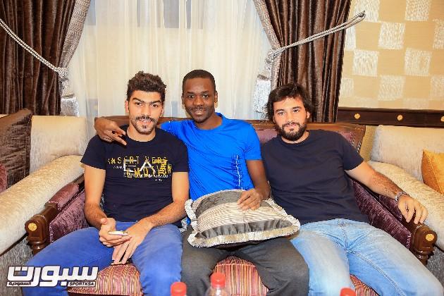 بالصور | ياسين حمزة يغيب عن تحضيرات التعاون لمواجهة النصر