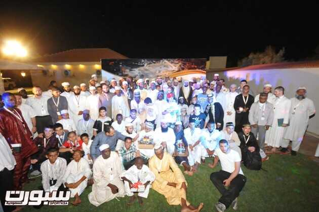 صورة جماعية في نهاية الحفل