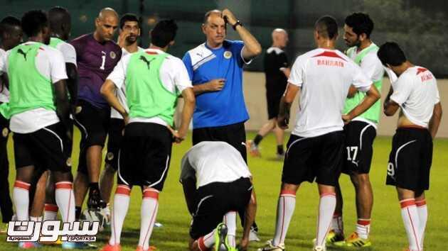 عدنان حمد : مباريات الإفتتاح صعبة على البحرين