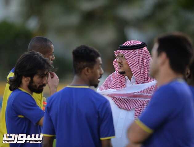 بالصور | رئيس النصر يستقبل نائب رئيس الاتحاد اليمني ويشيد بالجماهير