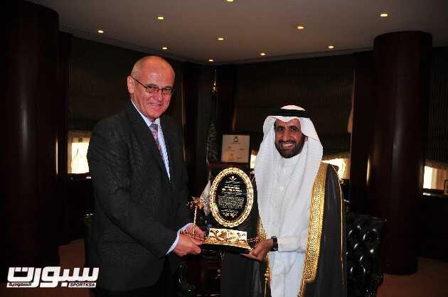 السفير التشيكي يزور المجموعة العربية للتعليم والتدريب