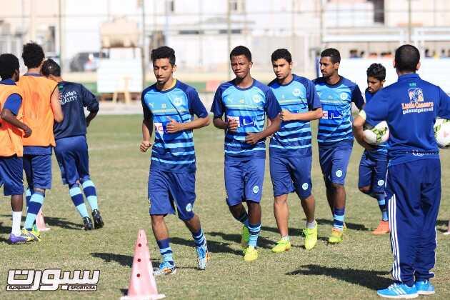 بالصور | أرمال gnc تحفز الجيل قبل مواجهة الاتفاق والمريسل يكافئ اللاعبين