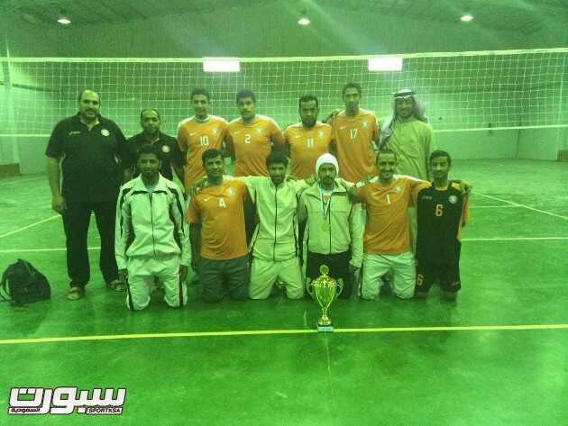 بالصور | فريق الشرق لكرة الطائرة يحقق لقب بطولة دوري الخرج