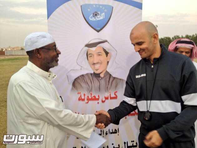 """الدوسري : الشيخ بتال نقل الكوكب من """"التقشف"""" إلى """"الطناخة"""""""