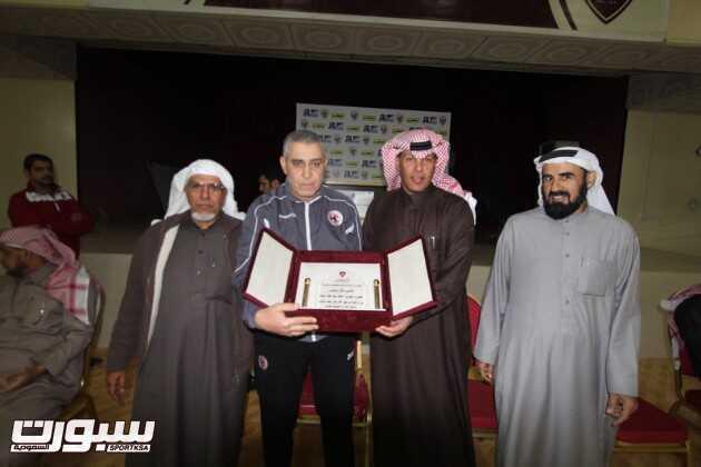 بالصور | الفيصلي يحتفل بالجحفلي و المدرب المصري