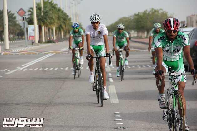دراجو الأخضر في  منافسة سابقة
