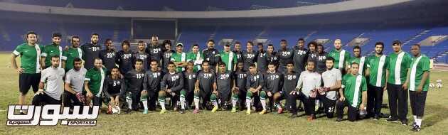 صورة جماعية للمنتخب السعودي الأولمبي