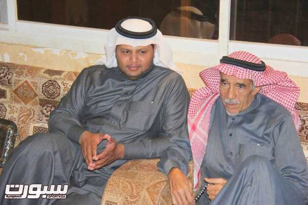 بالصور | الشيخ حسن بن عبدالله السيف يستقبل إدارة الشرق ويقدم دعماً كبيراً
