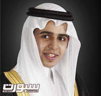 احتفل الزميل عبدالعزيز الحميد المذيع بالقناة الرياضية السعودية بحصوله على درجة الماجستير من قسم الإعلام بجامعة الملك سعود. (1)