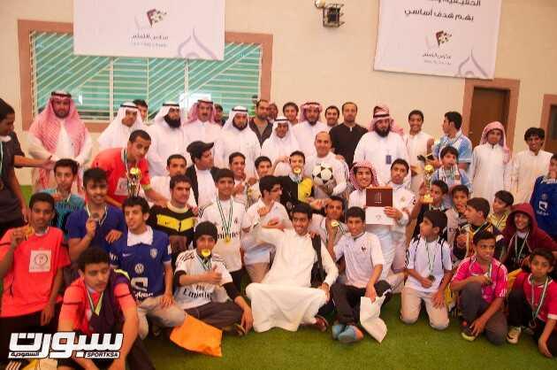 سهم الدعجاني يتوج أبطال كرة القدم لجميع المراحل الأبتدائية