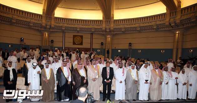 عبدالله بن مساعد يفتتح مؤتمر قانون المنشطات والرياضة