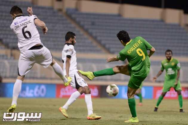 صور من مباراة هجر و الخليج