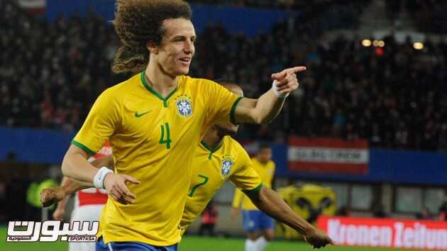 لويز وماركينيوس يغيبان عن البرازيل ضد فرنسا
