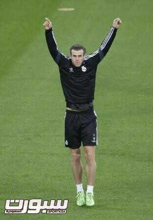 جاريث بيل لاعب ريال مدريد اثناء المران في استاد يوفنتوس في تورينو بايطاليا يوم الرابع من مايو ايار 2015. تصوير: ماكس روسي - رويترز.