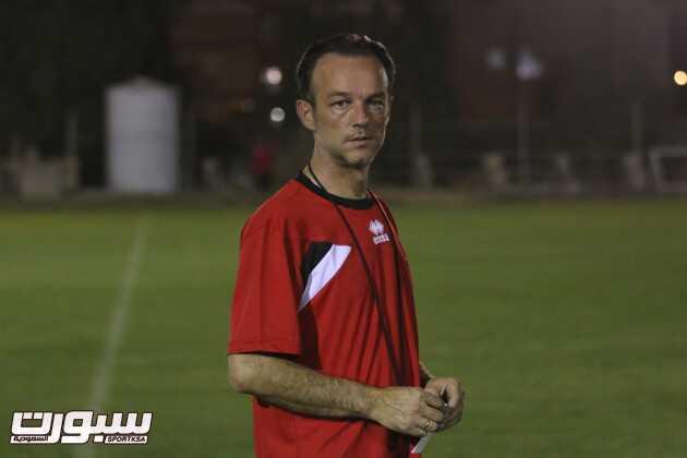 البروفيسور ميلوفان