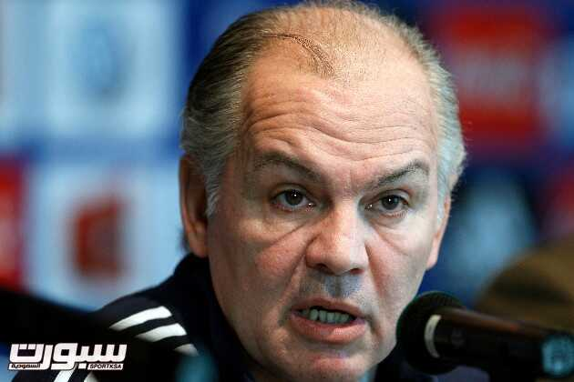 Argentina's new soccer coach Alejandro Sabella speaks during a press conference in Buenos Aires, Argentina, Saturday, Aug. 6, 2011. Sabella replaces Sergio Batista. (AP Photo/Natacha Pisarenko)