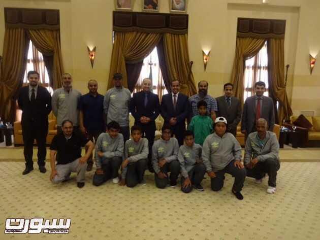 صورة جماعية للوفد السعودي والسفير السعودي عقب الزيارة