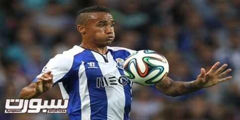 FUTEBOL - Danilo, durante o jogo FC Porto - Maritimo, referente a 1 jornada da Liga realizado no Estadio do Dragao no Porto. Sexta, 15 de Agosto de 2014.ASF/HELENA VALENTE