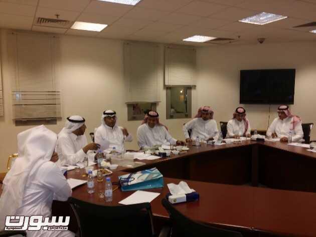 اجتماع اللجنة