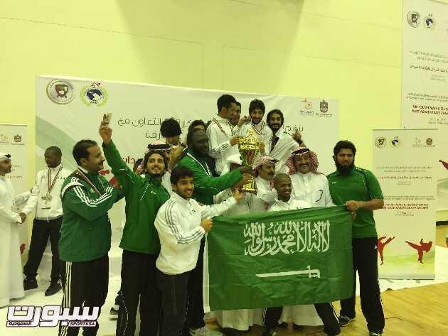 تتويج المنتخب السعودي بالكأس
