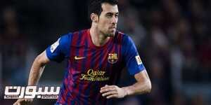BARCELONA, SPAIN - DECEMBER 03:  Sergio Busquets of FC Barcelona runs with the ball during the La Liga match between FC Barcelona and Levante UD at Camp Nou on December 3, 2011 in Barcelona, Spain. FC Barcelona won 5-0.  (Photo by David Ramos/Getty Images)