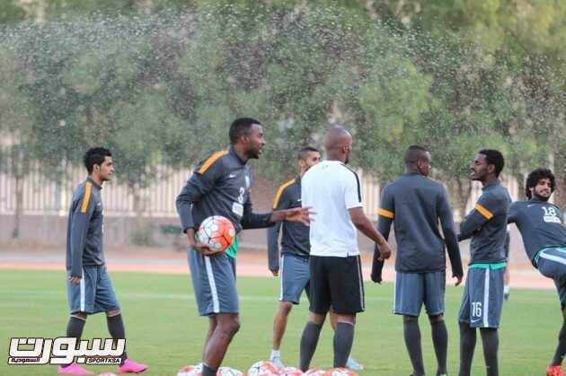تدريبات المنتخب السعودي 2 (29732745) 