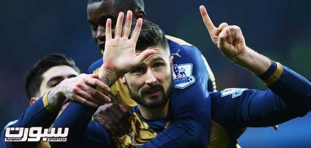 olivier-giroud-arsenal-celebration_3387999