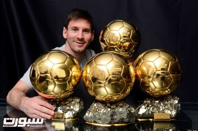 9/1/2013 Ballon D'or Award. Lionel Messi poses with his four ballon d'or trophies. Photo: Offside / L'Equipe.