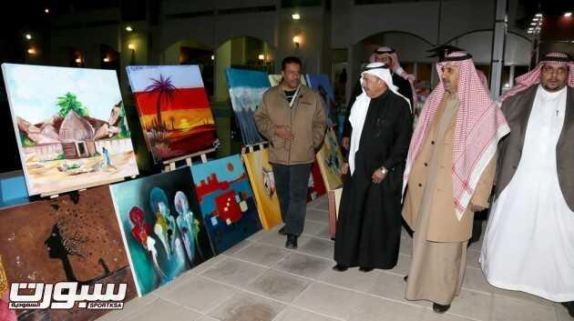 افتتاح معرض الفن التشكيلي الحر الذي تنظمه رعاية الشباب اليوم الخميس