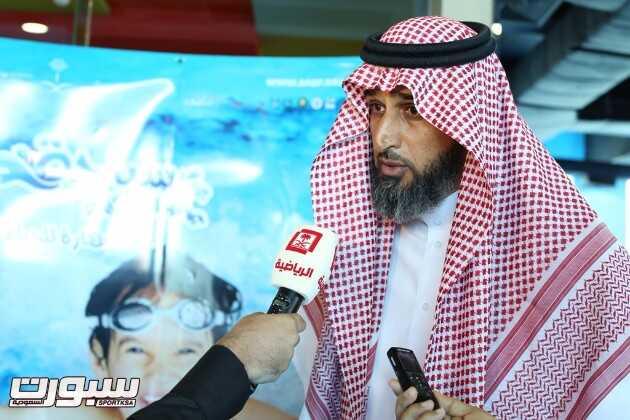 عبدالمحسن الحقباني اثناء لقاءه مع  القناة الرياضية