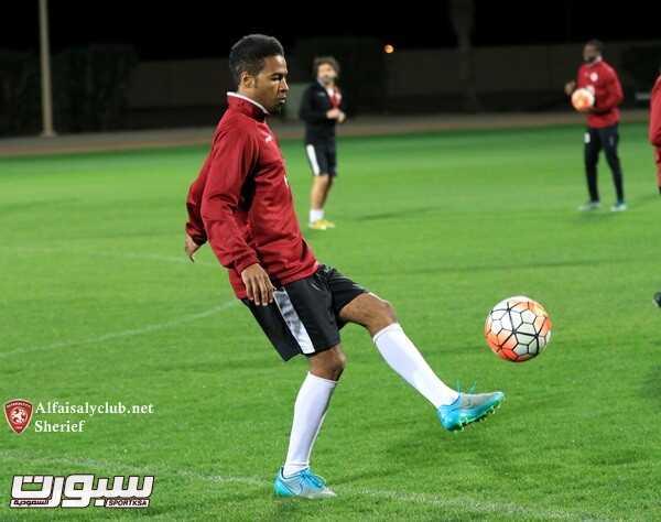 عمر عبدالعزيز