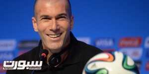 (FILES) A picture taken on December 5, 2013, shows French footbal star Zinedine Zidane during a press conference on the eve of the Brazil 2014 FIFA Football World Cup final draw, in Costa do Sauipe. Zidane is poised to become head coach of French Ligue 1 football team Bordeaux, according to reports in the French media on May 6, 2014.  AFP PHOTO / VANDERLEI ALMEIDA