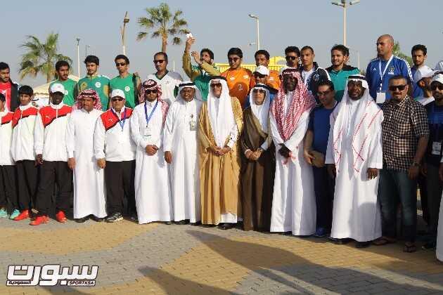 نصيف والفاضل مع الجامعات المشاركة بالبطولة