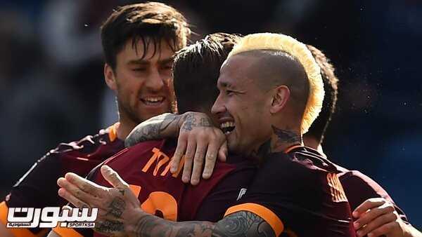 فرحة فريق روما