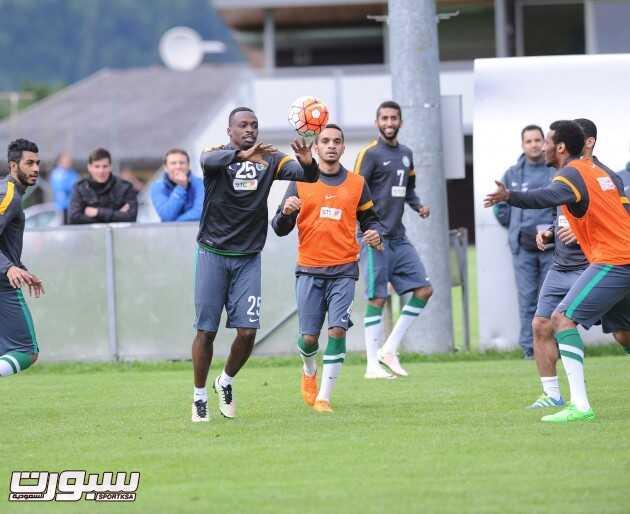 تدريبات المنتخب السعودي (817445683) 