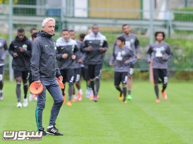 تدريبات المنتخب السعودي (817445685) 