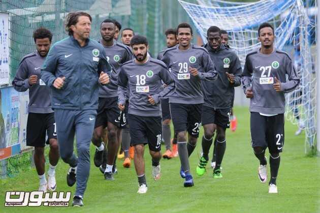 تدريبات المنتخب السعودي (817445678) 