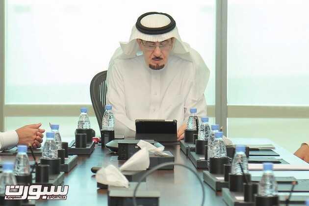 وزير العمل والتنمية الاجتماعية خلال تدشين الحملة التوعوية