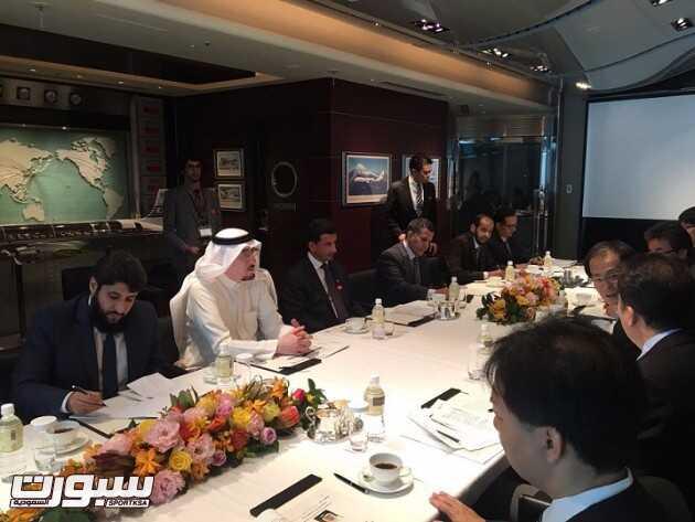 د. مفرج الحقباني خلال اللقاء مع نائب رئيس الوكالة اليابانية