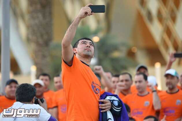 صور لجمهور بونيودكور الاوزبكي الحاضر قبل لقاء الاهلي – عدسة خالد السفياني